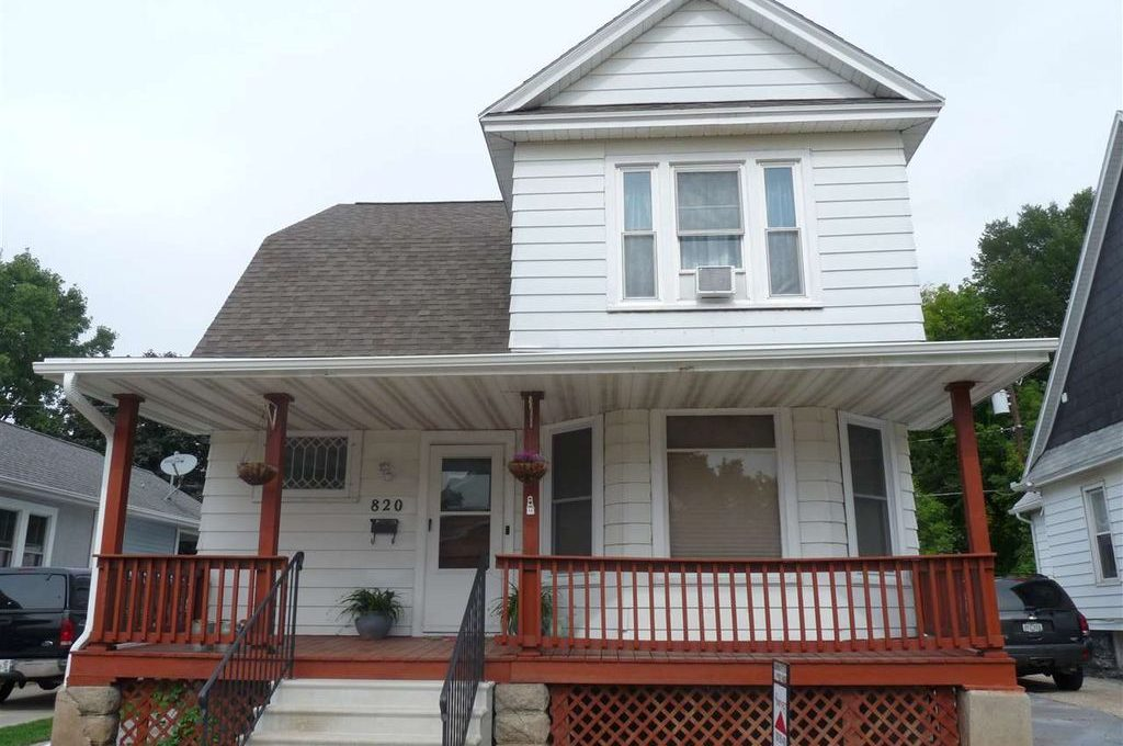 820 Cora Street, Green Bay, WI 54303